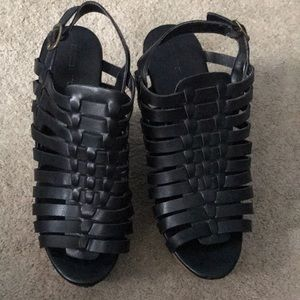 great condition black wedges